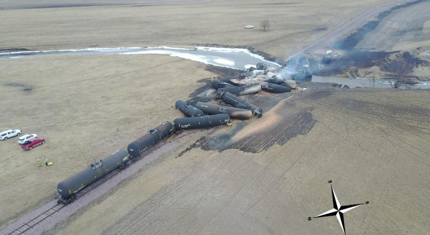 Photograph of the accident showing the derailed cars.