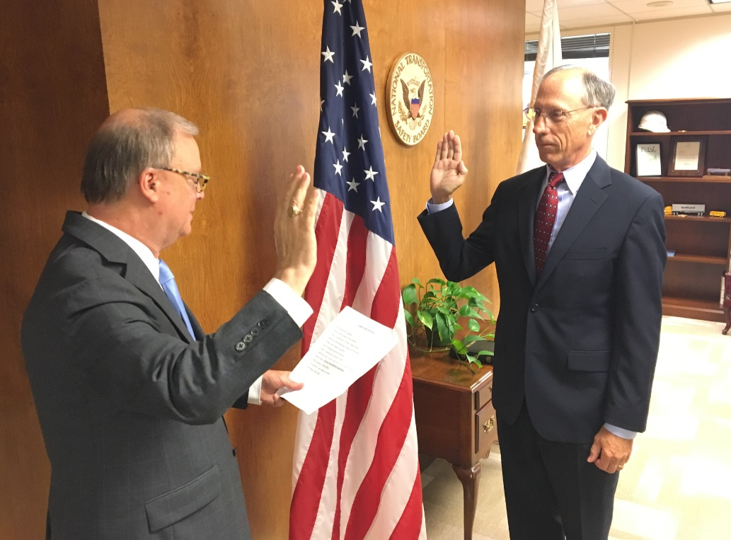 Bruce Landsberg (r) sworn in as Member and Vice Chairman of the NTSB on Tuesday, August 7, 2018 by Chairman Robert Sumwalt (l).